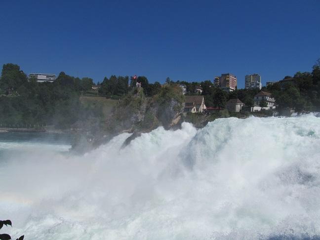 Водопад Рейнфолл