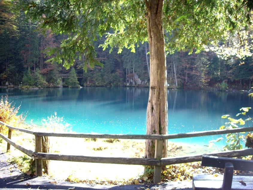 Голубая вода Блаузее